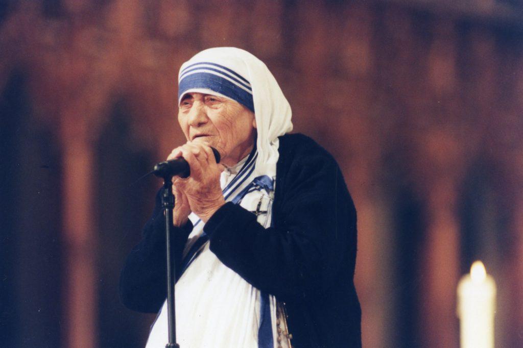 Kanseri İyileştiren Rahibe Teresa: Asıl Adıyla ''Gonca Boyacı''