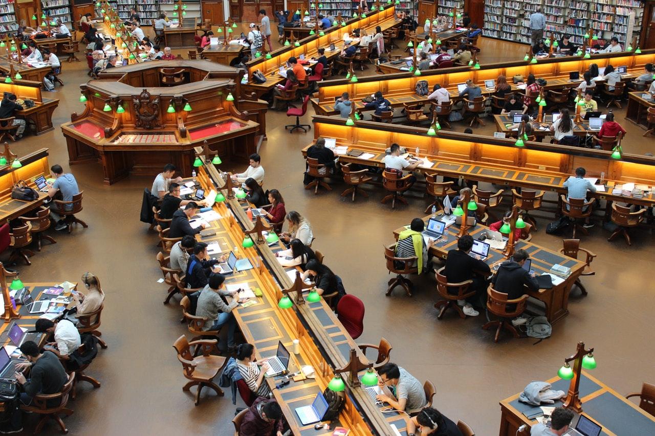Artıları ve Eksileriyle Özel Üniversitede Öğrenci Olmak