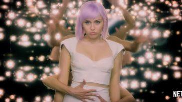Black Mirror'ın 5'inci Sezonuna Bayram Temalı Tanıtım Videosu Damgasını Vurdu