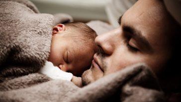 Kadınların Hamilelik Sonrası Yaydığı Koku Erkeklerin Babalık İçgüdülerini Tetikliyor