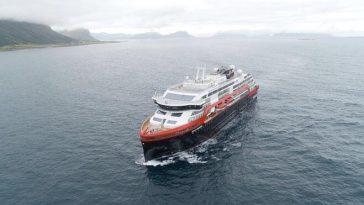 İlk Elektrikli Gezi Gemisi Yola Çıktı