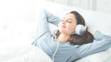 Uyurken Dinleyebileceğiniz 30 Sakinleştirici Müzik